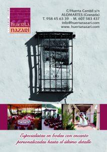 Espacio publicitario en IDEAL con una reja típica andaluza en blanco y negro con un faldón con fotos del patio de bodas y unos novios que se besan apasionadamente en el patio de bodas.