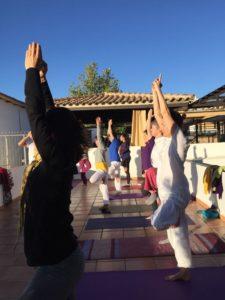 Grupo de Yoga en el Hotel Rural Huerta Nazarí